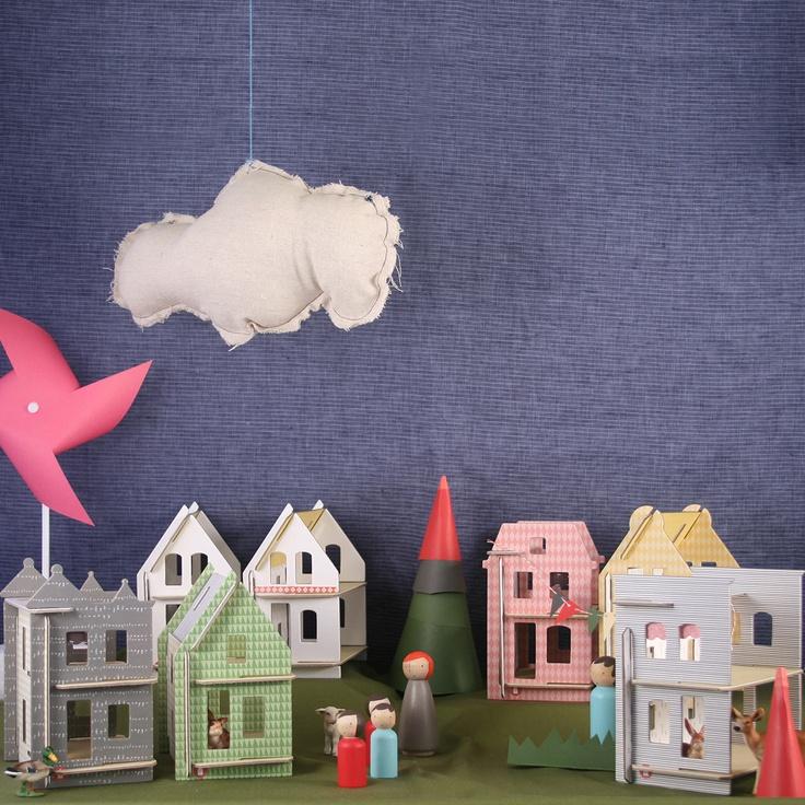 Little Huset in norvegese vuol dire casa piccola:queste sono realizzate in cartone riciclato