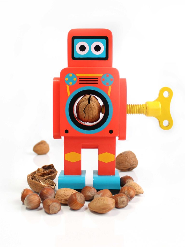 Robot Nut Cracker di Gessato