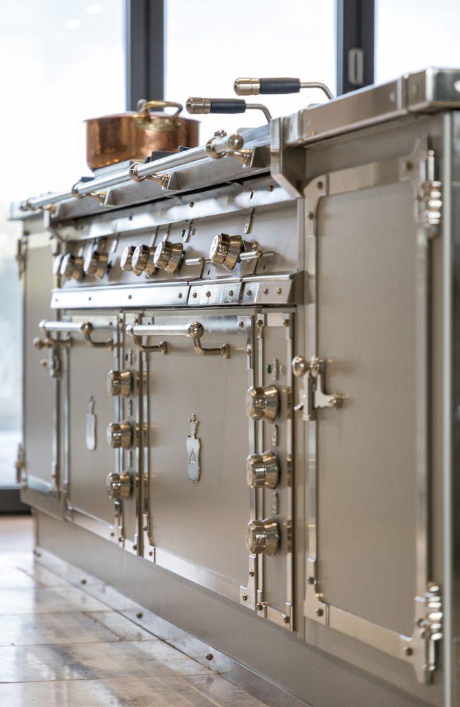 Il calore di una cucina professionale | Elena Cattaneo