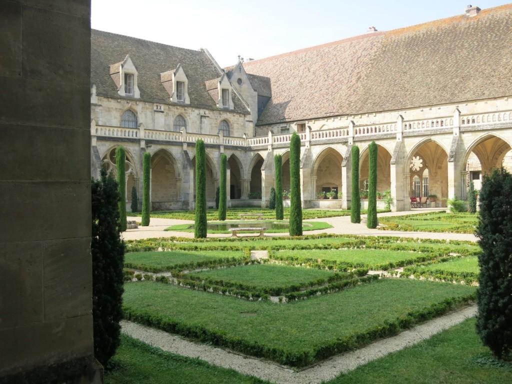 Il chiostro - Abbazia di Royaumont